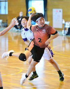 <県高校総体 ハンドボール>神埼清明、王者の貫禄 主将・友田起点に猛攻